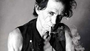 Keith Richards mégsem lövi főbe magát