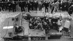 Orosz tankok lövik a cseh nemzeti múzeumot