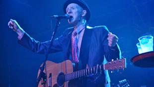 Elhunyt az ír gitáros