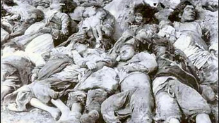 Másfél millió meggyilkolt emberre emlékeznek