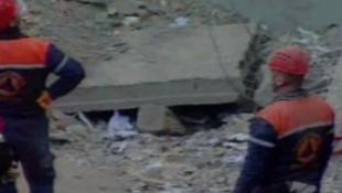 Összeomlott a valóságshow villája – 14 halott!