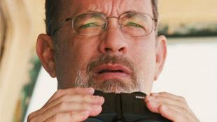 Apaként küzd Tom Hanks