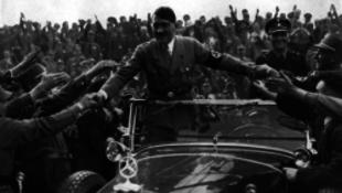 Újabb titkos dokumentumok kerültek elő Hitlerről
