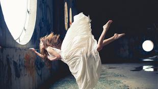 Megszűnt a gravitáció a lányok körül
