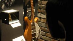 Érdeklődés hiányában bezár a Lennon emlékmúzeum