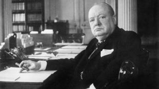 Churchill felnőttkori verse kalapács alatt