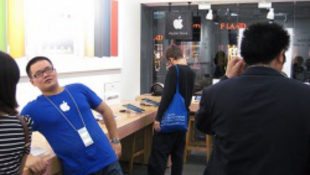 Blogon robbant a hamis boltbotrány