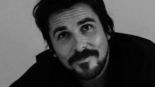 Christian Bale lesz Steve Jobs