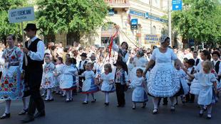 Folklór a Duna mentén