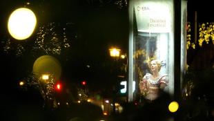 Karácsonyi meglepetéssel készül a magyar művésznő