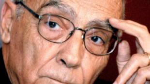 A Nobel-díjas író támadja a Bibliát?!