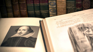 Megválnának Shakespeare-től?