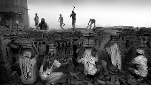 Rabszolgák az Andrássy úton