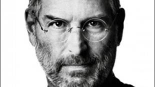 Fény derült Steve Jobs féltett titkára
