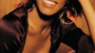 Mi okozta Whitney Houston halálát?