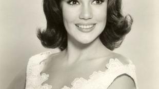 Elhunyt Mary Ann Mobley