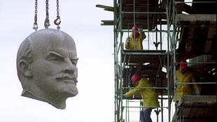 Leleplezték Lenint - bordélyházak állandó vendége volt!