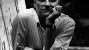 Elhunyt Lanford Wilson