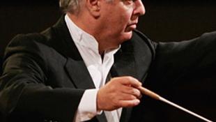 Új karmester vezényel a hagyományos újévi koncerten