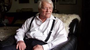 Elhunyt Szabó Gyula