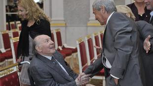 Átvette elismerését Kertész Imre és Rubik Ernő