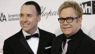 Elton John szerint meleg volt Jézus