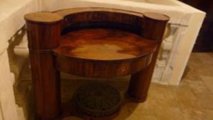 Antik bútort csempésztek – lebuktak