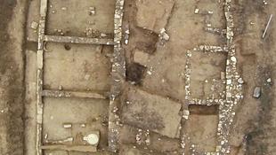 Antik oszlopokat tártak fel a görögök