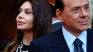 Érik az évtized botránya! Szexvideón a miniszterelnök!