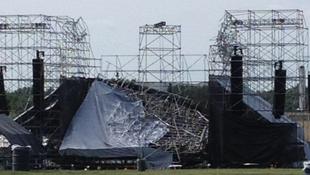 Összedőlt a Radiohead színpada a koncert előtt, egy ember meghalt