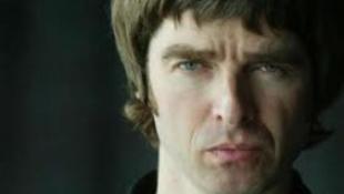 Noel Gallagher inkább pelenkázik