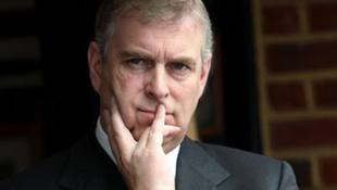 Komoly vádak a brit herceg ellen
