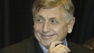 Ma 75  éves Jiøí Menzel