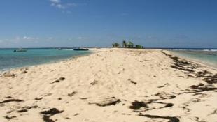 Láthatatlan sziget kísért a tengerészek között