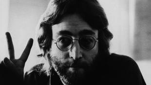 John Lennon rajzai és személyes tárgyai Magyarországra jönnek
