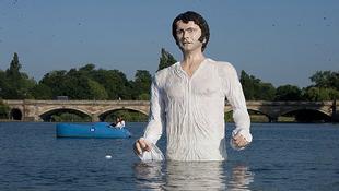 Mr. Darcy a vízben