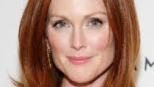 Julianne Moore Robert de Niróval forgat