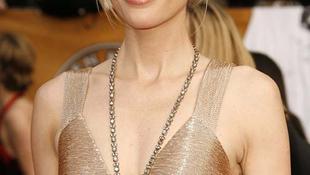Benjamin Button szerelme kelendőbb, mint Sienna Miller