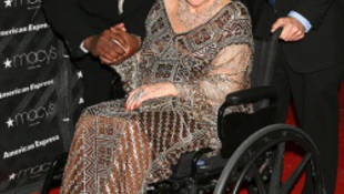 Elhunyt Liz Taylor