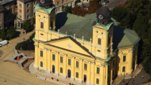 Debrecen színre lép