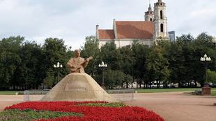 John Lennon a litván fővárosba kerül