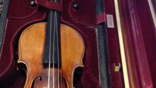 Megtalálták a lopott Stradivarius hegedűt