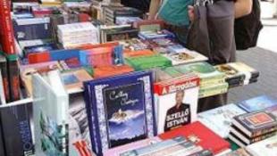 Csaknem 1000 dedikálás az Ünnepi Könyvhéten
