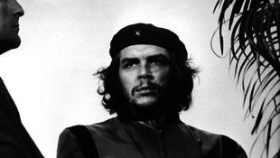 Eladták Che Guevara fotóját
