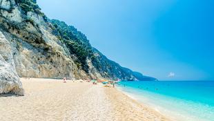 Biztonságos utazás? Irány Görögország!