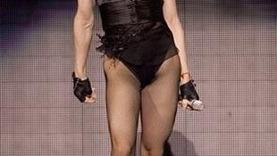 Az édes és ragacsos Madonna már megint megszedte magát