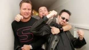Búcsúval tér vissza a 90-es évek legnépszerűbb magyar zenekara
