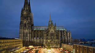 Varázslatos karácsonyi vásárok Kölnben és Bonnban