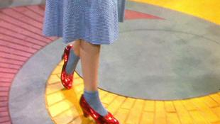 Veszélyben a világ legmenőbb női cipője