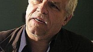 Tarlós azonnali hatállyal menesztette a József Attila Színház igazgatóját